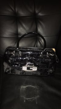 black leather 2-way handbag Toronto, M9R 2K5