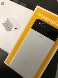 GOOGLE 64gb PIXEL 2 Black and white rare Toronto, M6B 3S3