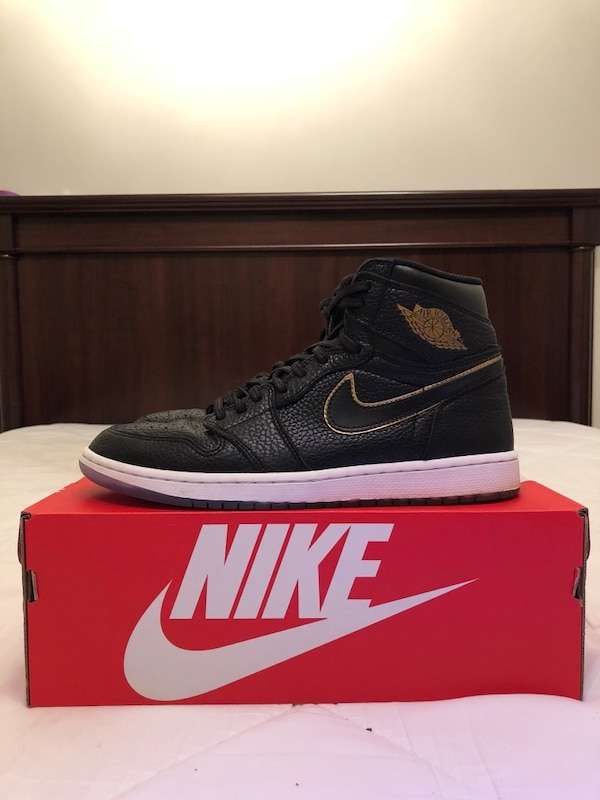 4a67857aac45 Used black-and-white Air Jordan 1 high-top sneaker with box for sale ...