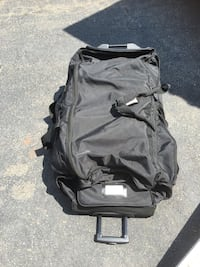 """Large black roller bag 40"""" x 18"""" x 18"""" lots of pockets. Chantilly, 20105"""