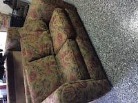 2 seater sofa for free Laval