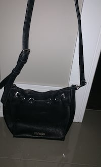 Cute Steve Madden black purse with chain accent Edmonton, T6W 0S2
