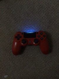 Red PS4 Controller had for 1 month Surrey, V3S 3W5