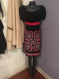 Women's black and red floral box-neck dress Houston, 77051