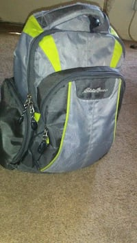 black and green The North Face backpack Tulsa, 74135