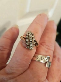 Gorgeous 10kt gold cocktail ring Whitby, L1N 8X2