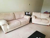 DELIVERY AVAILABLE - MICROFIBER COUCH & LOVESEAT  Calgary, T3A