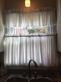 Bay window curtains and matching small window curtain