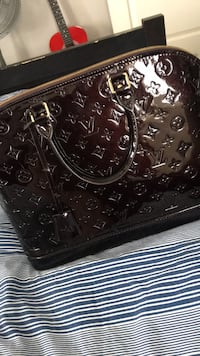 Louis Vuitton Alma Purse (Authentic), dust bag included Oakville, L6M 0S7