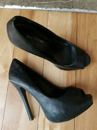 Black high high heels size7 Surrey, V3T 4G7