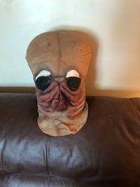 Original vintage Star Wars cantina band member latex mask Surrey, V3S 8B1
