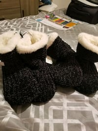 Slippers size 9- 10 Mississauga, L4W 3N2