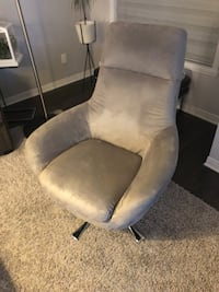 Suede Arm Chair  Montréal, H4N 0E9