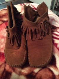 JUST REDUCED moccasin size 8 Rockville
