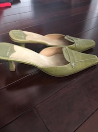 Nine West mules size 10 green  Colts Neck, 07722