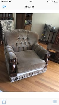 gray fabric padded sofa chair Montréal, H1T 1W9