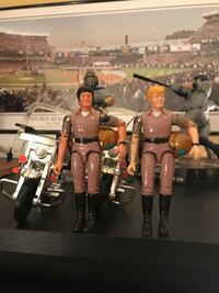 Vintage CHIPS action figures with Rare Motorcycles Howard, 16841