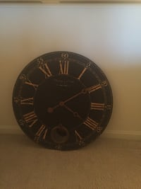 Black and gold analog wall clock Odenton, 21113