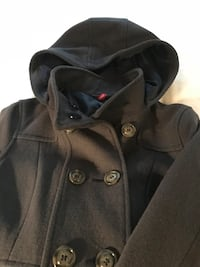 Hooded DIVIDED by H&M navy coat North Vancouver, V7N