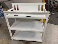 Changing table  Seattle, 98105