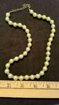 white and green beaded necklace North Haledon, 07508