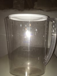 clear glass measuring pitcher with lid Baltimore, 21214