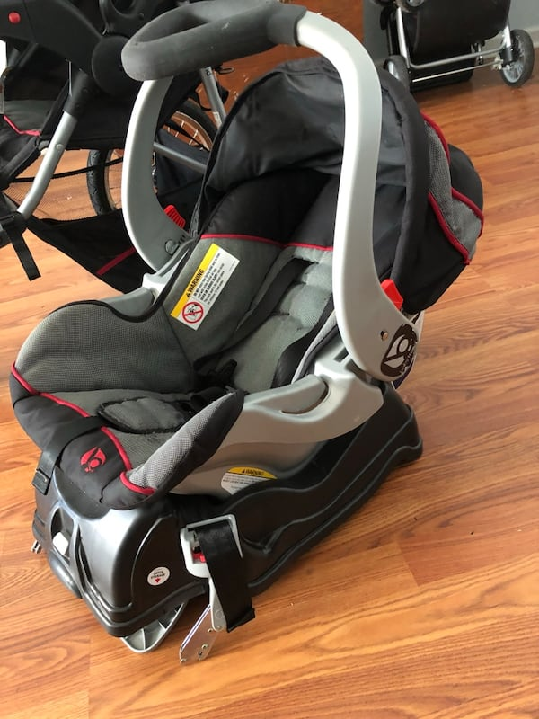 Babytrend jogging stroller, car seat with base 30f4455a-aa22-47eb-b96d-fde73782b32d