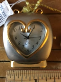 Petite Silver/Gold Toned Heart Shaped Cock