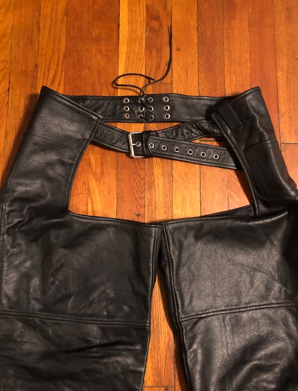 Vintage motorcycle pants XXL real leather paid $260. Excellent condition! Midtown Cycles New York City 98226d74-6cc8-4eee-9064-60f84ac5bbbc