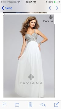 2016 faviana prom gown worn once and dry cleaned Wilmington, 19808