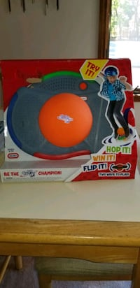 NEW LITTLE TIKES POGO IT ELECTRONIC BALANCING BALL.  PU MIDDLEBORO