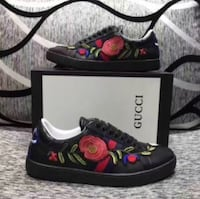 pair of black, red and green floral Gucci low tops with box Manassas, 20110