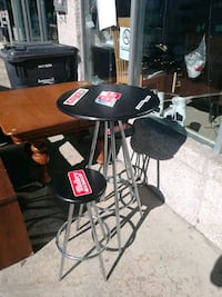 Table bistrot 2 chaises  Longueuil