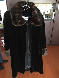 Winter coat. Size M Mississauga, L5V 1G3
