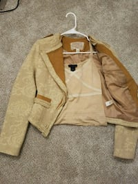 Brown Jacket with Cute Top  37 km