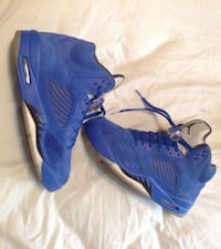 Blue suede 5s condition: 8/10 size: 8.5 or trade ?  Little Rock, 72209