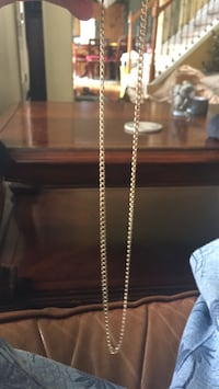 "10k 16"" gold chain Strongsville, 44136"