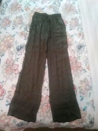 pants size S Annandale, 22003