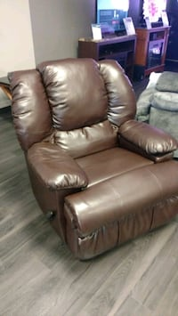 brown leather recliner sofa chair Acworth, 30102