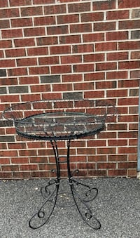 Unique rod iron and glass pedestal table Baltimore, 21206