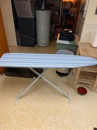 Clothes iron stand