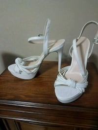 White high heels West Des Moines, 50265