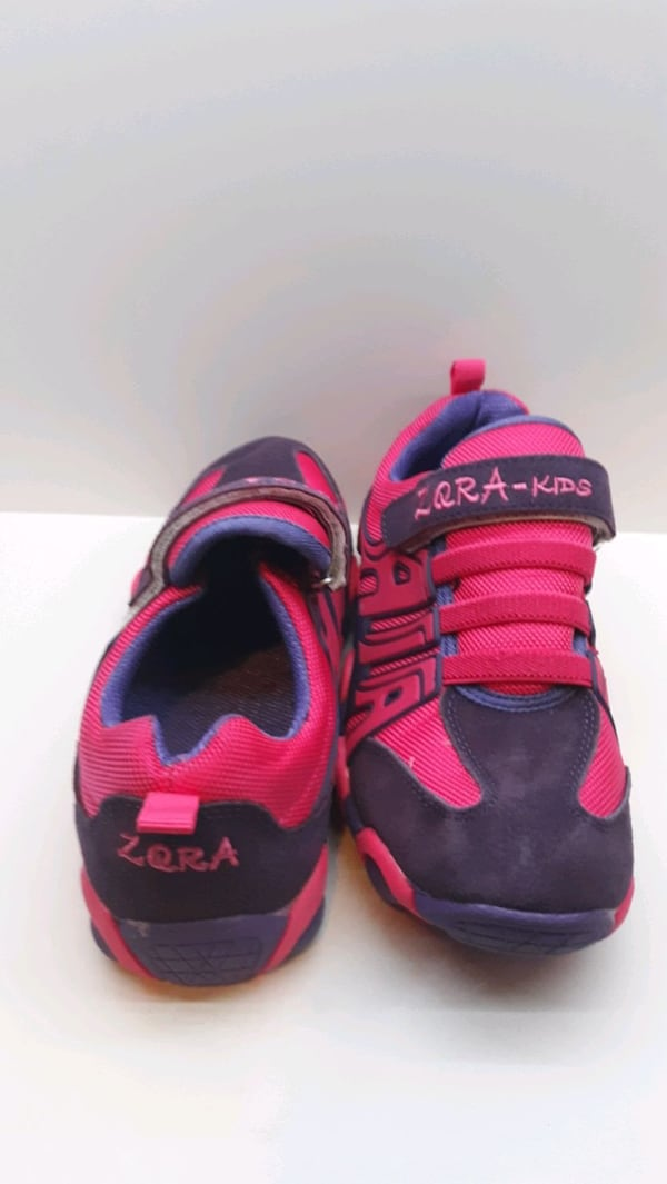 Used 9.5Inc Zqra-Kids Pink and Purple Shoes d9337ab5-4fae-4001-af63-e663394a9908