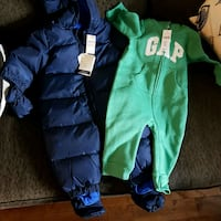 Gap snowsuit and footless onesie. 6 to 12 months.  Toronto, M1E 3B7