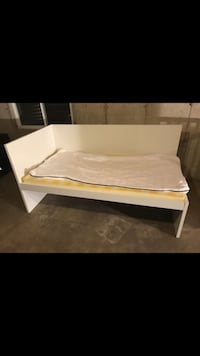 Corner Twin Bed McHenry, 60050