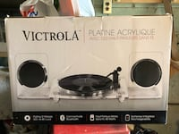 Victrola vinyl player. W/ bluetooth speakers (New never opened) Toronto, M6L 2B4