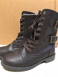 Black leather cap-toe combat boots Manassas, 20112