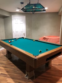 Pending offer---Pool table and accessories