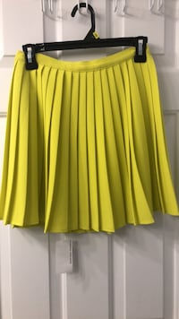 American Apparel pleated skirt  Oakville, L6H 5H6