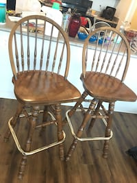 Chairs/ Stools